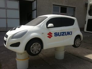 model-suzuki