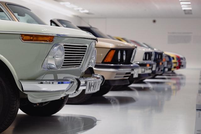 Starsze modele samochodów